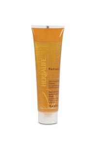 0444 Radiant C Scrub Cleanser Skin Care High View June 2005